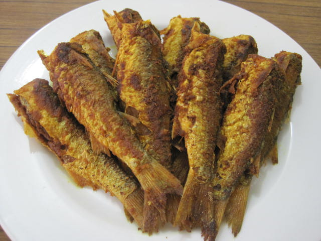 easy fish recipes fried mullet fish with turmeric